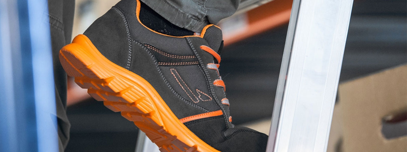 Garsport safety shoes - Cyclone safety shoe line