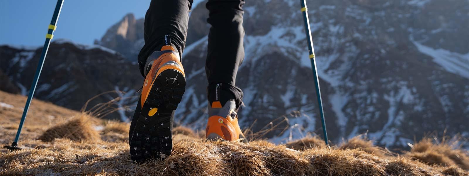 Alpine Garsport mountain boots for mountaineering and via ferrata